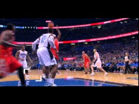 Sam Dalembert alleyoop dunk (first basket as a Houston Rocket)