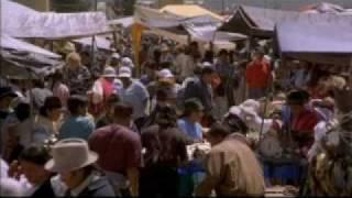 Acción / Mientras construye una presa en Tecala, un país situado en los Andes, el ingeniero jefe norteamericano Peter Bowman es capturado por fuerzas antigub...