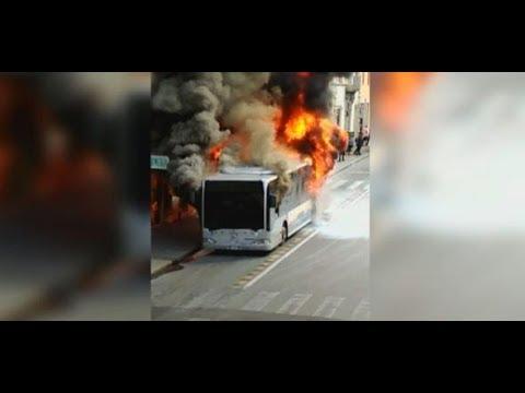 schlechte Wartung? Brennende Linienbusse stellen Ro ...