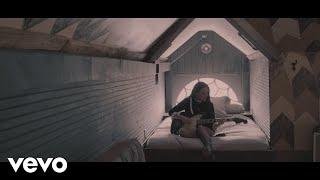 """Lennon Stella - """"La Di Da"""" // Acoustic"""
