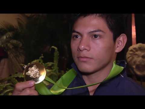 Jorge Vega va más allá del deber