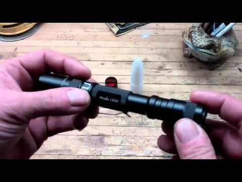 Відеоогляд ліхтаря Fenix LD20 Cree XP-G LED R5