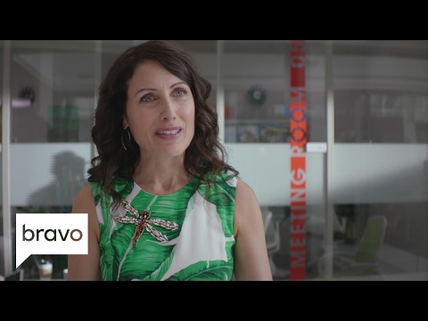 Girlfriends' Guide to Divorce: Abby Gets Fired (Season 3, Episode 1) | Bravo