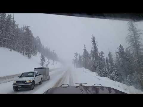 April 11 2019 US-50 Monarch Hill SNOW STORM! NO CHAINS!