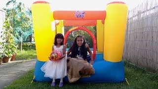 Hey guys, join Nadia and Amani today unboxing their surprise toy. They unbox a huge kids bouncy castle. Join them in their fun bounce and playtime adventure in the garden! What toys do they play with? Watch to find out. :)With the colourful Airflow bouncy castle from Action Air, your children can have hours of fun and laughter jumping or bouncing around, creating the ideal centrepiece for gardens and parties. Made from durable PVC material, this bouncy castle is double stitched for additional strength and semi-transparent mesh walls keep everyone safe inside whilst also allowing for easy supervision.The Airflow bouncy castle inflates continuously by the electric pump included, and stays inflated even if pinholes occur. This colourful bouncy castle comes complete with an air blower, 4 bouncer stakes, 4 air blower stakes and a repair kit.Check our Awesome Videos:https://www.youtube.com/watch?v=jBIiwxpFK4c&list=PLzahQAalW-PgGFBK2ej2w-elb6BEC6ly4Our Fun Ride On Videos:https://www.youtube.com/watch?v=W5Ia-QfGWOo&list=PLzahQAalW-PgDVj590PlF9K06iw6ZTlv3Superhero & Princess Action Videos:https://www.youtube.com/watch?v=jR75lmudg40&list=PLzahQAalW-Pg47AHlXl1Tf1z5T9oYbSXoShopping & Days Out:https://www.youtube.com/watch?v=22fCmnnULNw&list=PLzahQAalW-PiyVi7AHw7-LDJGIKxc1zGNToy in other Languages: खिलौने, brinquedos, ของเล่น, اللعب, igračke, đồ chơi, oyuncaklar, leksaker, juguetes, играчке, игрушки, jucării, тоглоом, leker, اسباب بازی, zabawki, 장난감, トイズ, giocattoli, mainan, játékok, צעצועים, Hračky, legetøj, speelgoed, laruan, jouets, Spielzeug, ΠαιχνίδιαNadia Amani Toys is a fun channel where we do Toy reviews and unboxing, Playtime fun, Power Wheels Unboxing, Games and challenges, family days out, fun activities and more! We love kids YouTube Channels so we asked our dad to help us make our own! So guys can you please LIKE-COMMENT-SUBSCRIBE to our channel and help Nadia Amani Toys grow. Thank you.