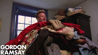 Video Gordon's Room Is FILLED With Owners Clothes | Hotel Hell MP3, 3GP, MP4, WEBM, AVI, FLV Agustus 2019