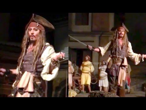 JOHNNY DEPP AT DISNEYLAND AS CAPTAIN JACK SPARROW! | Johnny Depp Disneyland