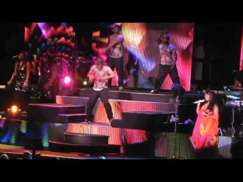 Donna Summer @ CHASTAIN PARK AMPHITHEATRE- CRAYONS (видео)