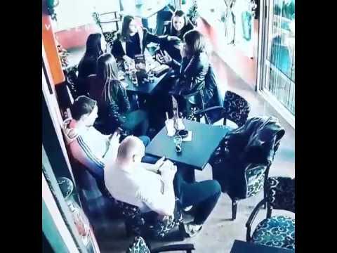 Potres u Splitu – reakcija gostiju kafića