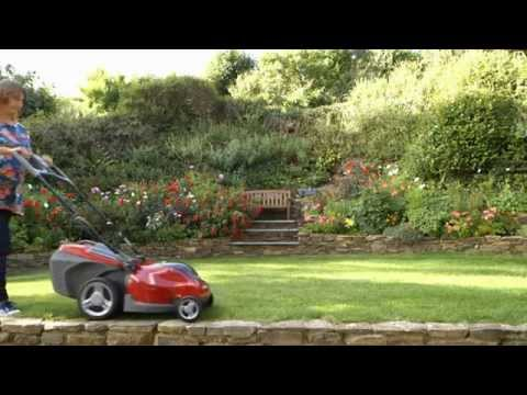 Mountfield Princess 34Li & 38Li Freedom48 48 Volt Lithium-Ion Cordless Lawnmowers (видео)