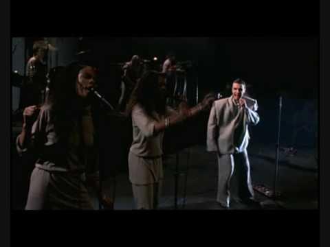 Talking Heads - Girlfriend Is Better (Live 1984)