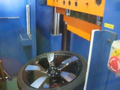 Проверка прочности диска WSP Italy W568 Vittoria на удар спицы (Audi)