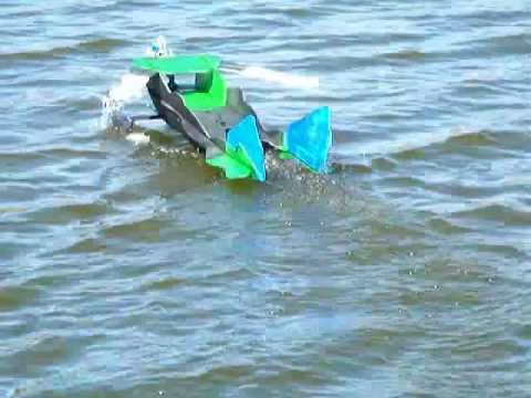 RC Green Lantern with Floats flown by Otto Dieffenbach at a local lake