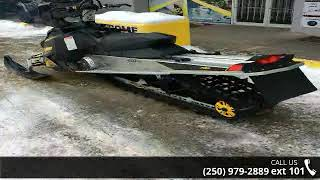 2. 2009 Ski-Doo Summit Everest 154 Rotax® 800R Power T.E.K....