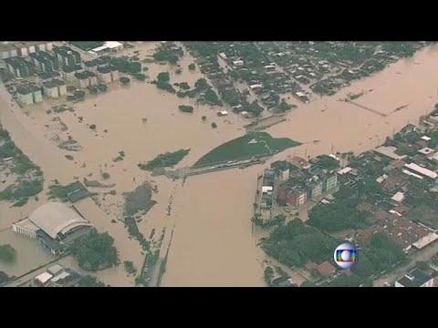 Βραζιλία: Πάνω από 12 νεκροί από τις κατακλυσμιαίες βροχές…