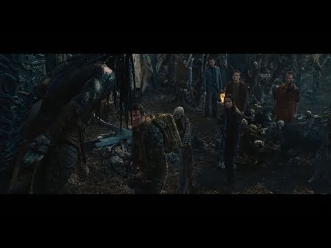 Predators - Predator Camp Gunfight [HD]