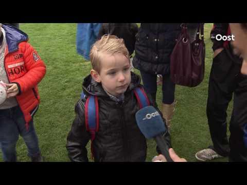 Open training FC Twente valt in het water