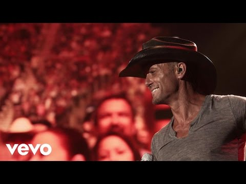 Tim - Tim McGraw - Southern Girl Official Video ALBUM: http://smarturl.it/TM2LoFiT VIDEO: http://smarturl.it/TMsgVIDiT.