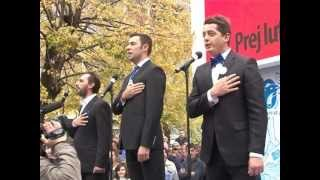 Stupcat kendojne Himnin Kombetere Xhamadani Vija Vija