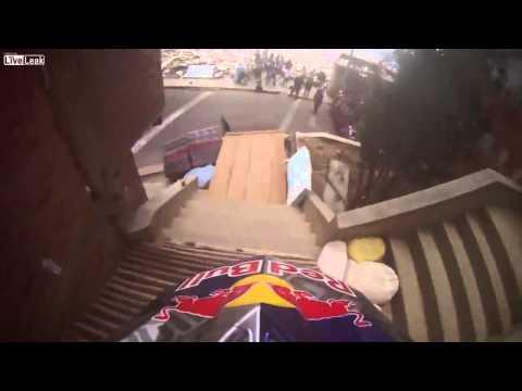 extreme downhill - descenso del condor in la paz (bolivia)