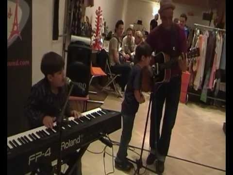 Phatter - 10 years kid playing a Clyde Mc Phatter s song live on piano https://www.facebook.com/RaffiTheBluesKidOfficiel http://raffiarto.com.