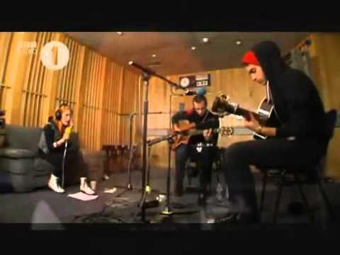 Tekst piosenki Paramore - Use Somebody (cover) po polsku