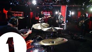 Video Twin Atlantic 'Crash' (Usher Cover) in the Radio 1 Live Lounge MP3, 3GP, MP4, WEBM, AVI, FLV Januari 2019