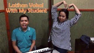 Video Latihan Vokal (Vocalizing) Bersama Murid - Termasuk Latihan Vibra MP3, 3GP, MP4, WEBM, AVI, FLV Juli 2018