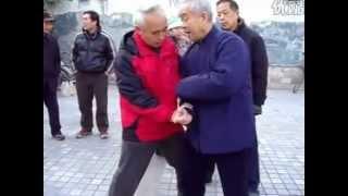 Nonton Li Chugong teaching the last few movement of erlu. Film Subtitle Indonesia Streaming Movie Download
