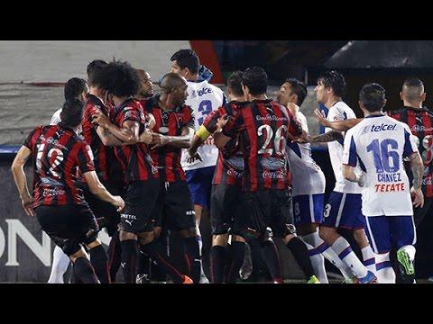 cruz - Pelea Alajuelense Vs Cruz Azul 1-1 Concacaf Liga De Campeones.