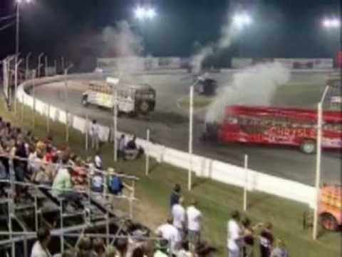 School bus demolition derby !