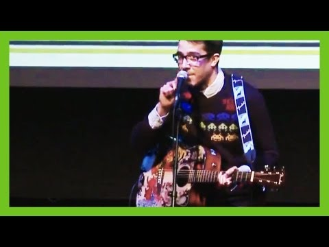 'Geeky But I Know What's Sexy' - funny musical comedy song by Steven Seller | Live Musical Comedy