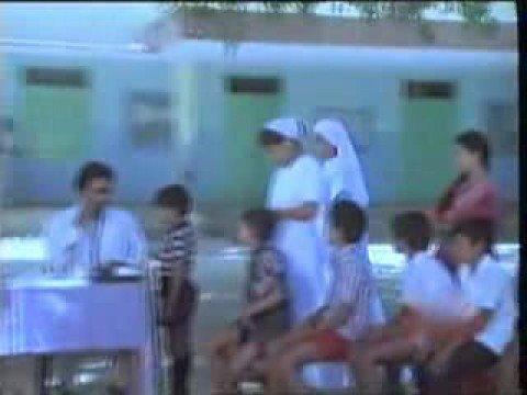 Kadavul Ullamae Karunai Illamae:  Kadavul Ullamae Karunai Illamae From Anbulla Rajinikanth