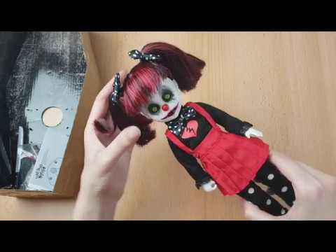 💀Review - Living Dead Doll