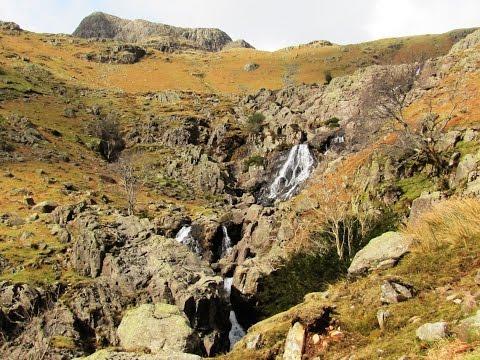 Great Langdale   Stickle Tarn   Harrison Stickle round | cumbria  Walks