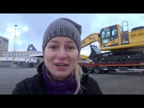 Trucking Girl - Załadunek koparki KOMATSU PC210, Loading of the KOMATSU PC210 excavator