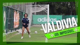 O craque Valdivia, do Palmeiras, fez um gol sem ângulo no treino do Verdão desta manhã (07/07). ------------------------ Assine...
