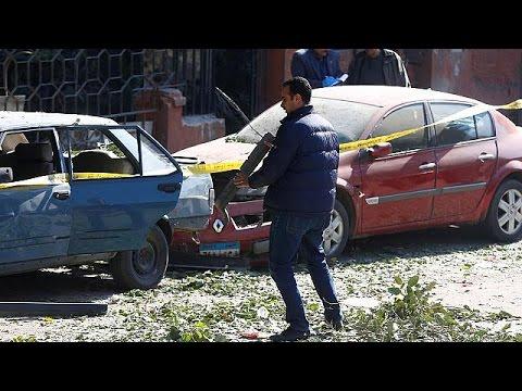 Κάιρο: Βομβιστική επίθεση με θύματα αστυνομικούς