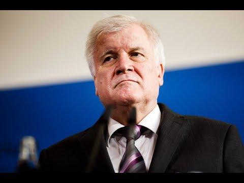 SPALTPILZ IN DER UNION: Seehofer stellt wegen Asylpolit ...