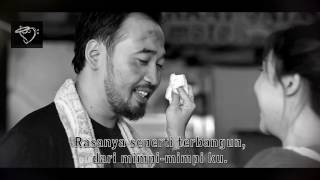 Download Lagu WIDI NUGROHO (vokalis Hello Band) - Harus Memilih - Official Lyrics Video B/W Mp3