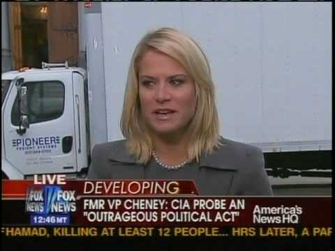 HOT FoxNews Reporter caught not ready - Live TV