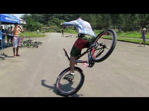 wheeling - http://www.portalwheeling.com.br/ https://www.facebook.com/portalwheeling http://instagram.com/portal_wheeling Encontro de Wheeling Bike em Blumenau - SC rea...