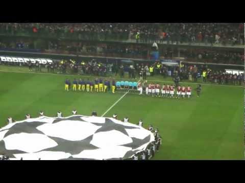 Champions League Milan - Barcellona 20/02/2013 Coreografia della curva e ingresso delle squadre