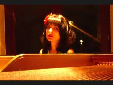 ELENA PICCIONE plays SCRIABIN : Nocturne for the left hand op. 9 no.2