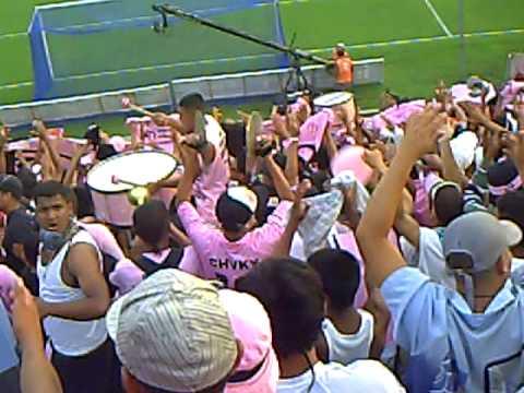 13 JUVENTUD ENTRANDO al WATER.AVI - Barra Popular Juventud Rosada - Sport Boys