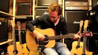 http://alphenaar.com/ Arie Storm één van de meest gevraagde sessie gitaristen van Nederland en momenteel o.a. gitarist bij...