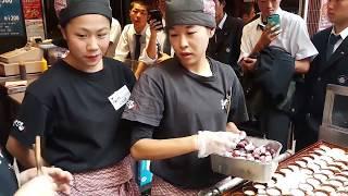 Video WOW TERNYATA BEGINI CARA BIKIN TAKOYAKI YANG BENAR DI JEPANG - JAPAN STREET FOOD MP3, 3GP, MP4, WEBM, AVI, FLV November 2018