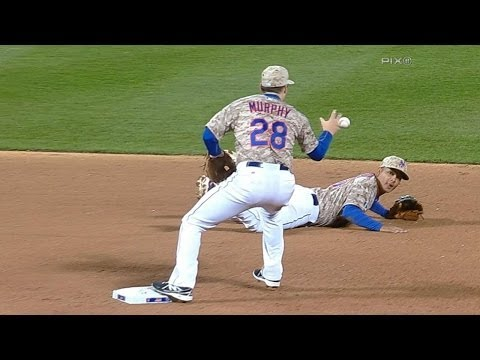 Video: Tejada's diving stop turns great double play