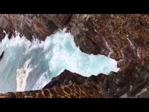 Thác nước phun ngược lên trời tại Bán đảo Punta Banda ở Baja California, Mexico - Lý Hải Minh Hà - Thời lượng: 2 phút, 40 giây.