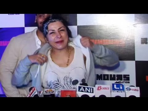 Hard Kaur's Drunk Act At Party